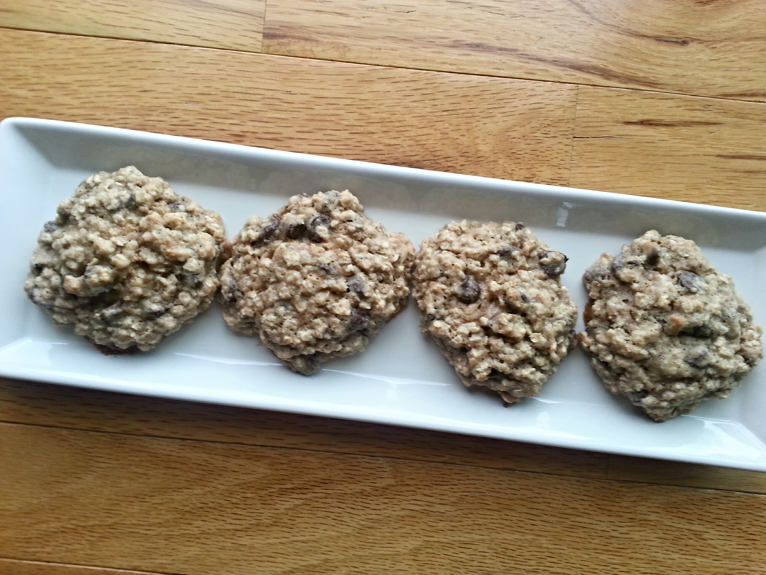 Oat Chocolate Chip Cookies - Nutrition Thyme RD