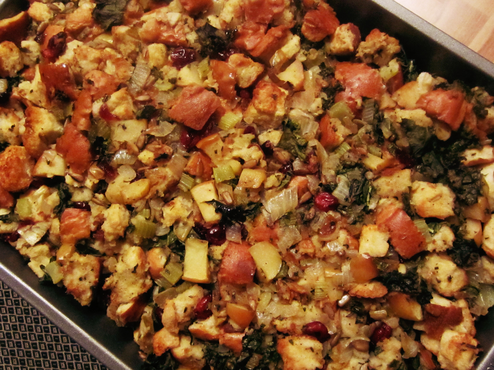 """All the Good Stuff"" Stuffing - Nutrition Thyme RD"